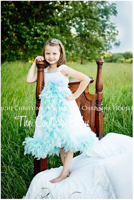 ブルーホワイトドレス