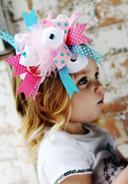 派手カワヘアバンド!ピンク&ブルーのドットリボンとふわふわファーのヘアクリップピン