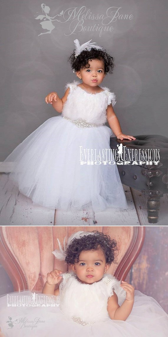 ピュアホワイトスノーのフェザーチュールドレス「Pure White Snow Stunning Feather Tulle Girl Dress」1歳から10歳