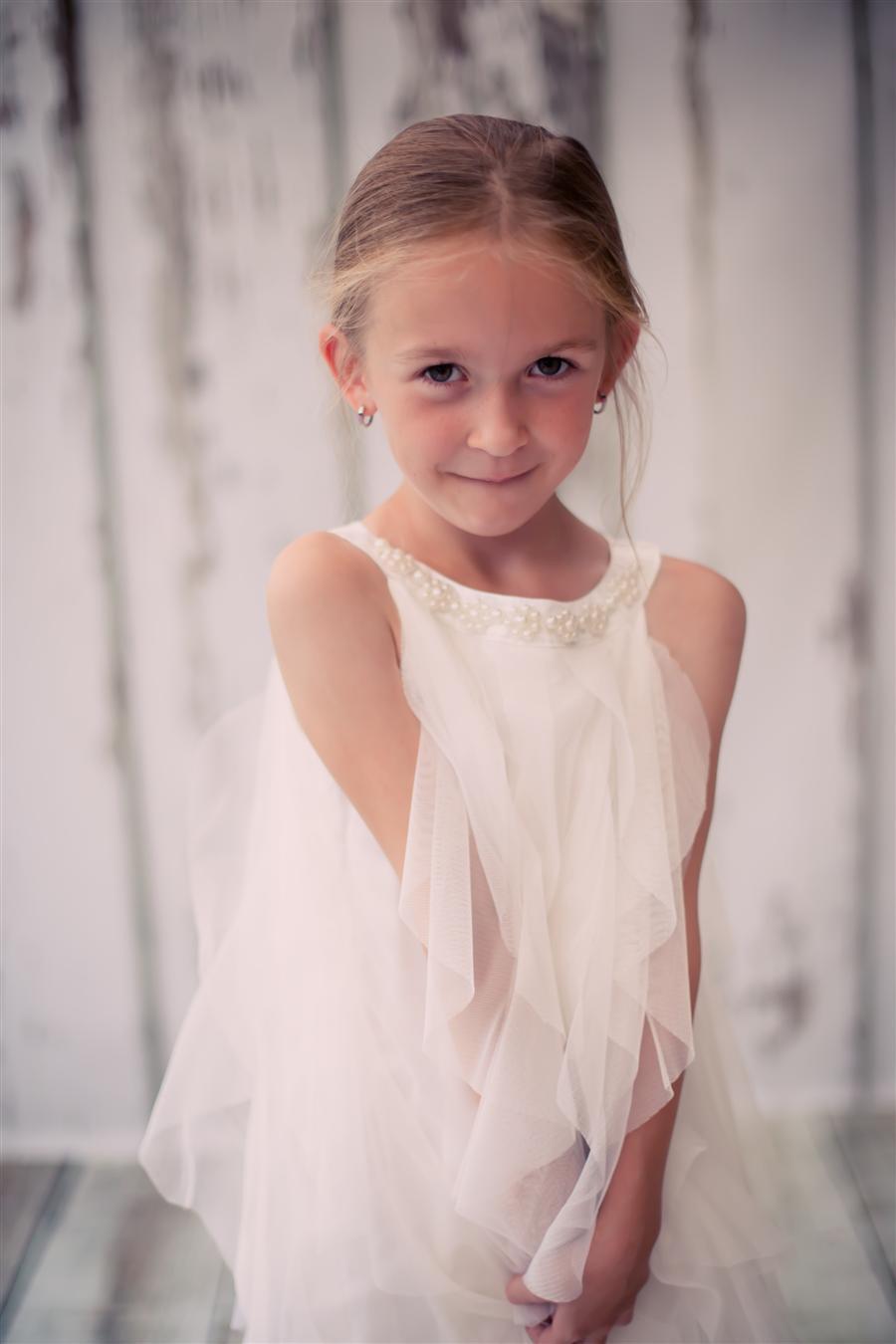 シンプルコレクション〜女の子のメッシュフリルドレス「Simple Collection Girl Mesh Ruffle Dress」2歳から12歳