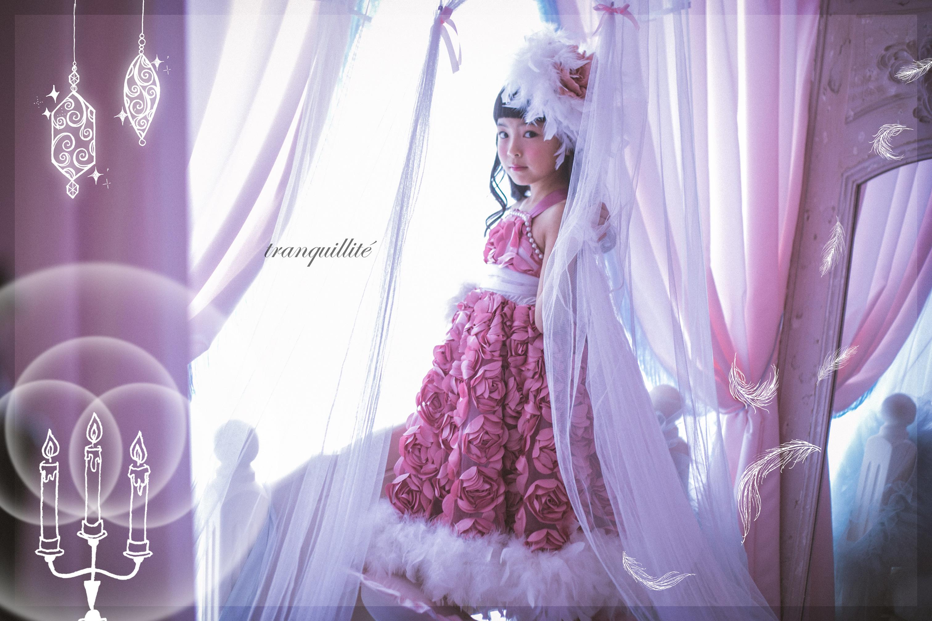 レンタルドレスyuzuピンクローズのフェザードレス